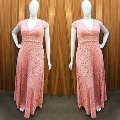 """bf225cef3 Feira Shop on Instagram: """"Aquele vestido deslumbrante para arrasar em  eventos mais sofisticados! ⠀⠀⠀ ⠀ ➡➡ Onde encontrar: na Feira Shop da Av.  Augusto ..."""