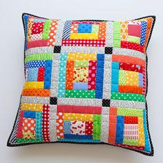 .: Scrappy Quilted Patchwork Pillows