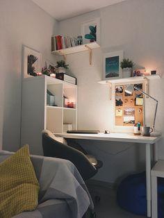 Kreative Ideen ausgesetzt Brick Wall Decor - Ghoze art - Dekoration - Home Decor Study Room Decor, Bedroom Decor, Bedroom Furniture, Bedroom Lighting, Study Rooms, Study Desk, Ikea Bedroom, Study Space, Desk Space