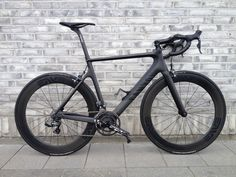 #Canyon Aeroad#Road Bike#Full Carbon.   Black vs black.. €expression€  When only the best are good enough.
