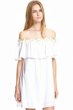 Shop Daisy Embroidery Embellished Flouncing White Dress at ROMWE, discover more fashion styles online. Dress P, Dress Me Up, Party Dress, Romper With Skirt, Fashion Beauty, Womens Fashion, Latest Street Fashion, Romwe, Cute Dresses