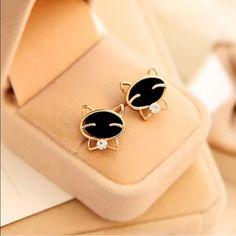 Cute little black kitten love earrings ➖Small studded black cat face earrings. Entropy Jewelry Earrings