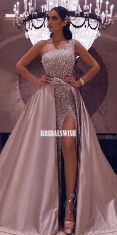 Sparkly Sequin Prom Dress with Removable Train 2020 One Shoulder High Slit Evening Gowns Black Girl Formal Prom Gown Party Dress Vintage Summer Dresses, Summer Dresses For Women, Dress Vintage, Classy Party Dresses, Beach Dresses, Pageant Gowns, Party Gowns, Prom Party, Dress With Bow
