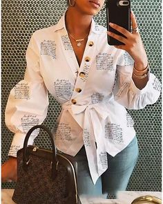 Lovely Trendy Buttons Design White Blouse We Miss Moda is a leading Women's Clothing Store. Offering the newest Fashion and Trending Styles. Trend Fashion, Womens Fashion, Unique Fashion, Formal Fashion, Fashion 2016, Fashion Today, Fashion Vintage, Vintage Beauty, Gothic Fashion