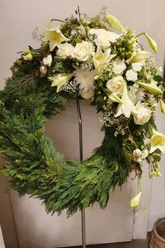 Flower Bouquet Diy, Cemetery Flowers, Floral Wreath, Wreaths, Decor, Flower Arrangements, All Saints Day, Floral Headdress, Diy