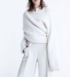 """stormtrooperfashion: """"""""Clean Slate"""" by Patrick Demarchelier for Vogue UK, February 2015 See more from this set here. Vogue Uk, Knitwear Fashion, Knit Fashion, Vogue Fashion, Minimal Fashion, High Fashion, Winter Fashion, Minimal Style, Fashion 2015"""
