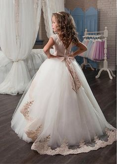 Buy discount Marvelous Tulle & Satin Jewel Neckline Ball Gown Flower Girl Dresses With Lace Appliques at Dressilyme.com