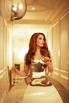 Paloma Faith. She's weird and awesome and I love her voice. Shes stunning