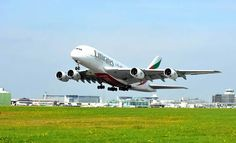 Top 5 World Most Scenic Airport Approaches And Landings. Awesome plane landings