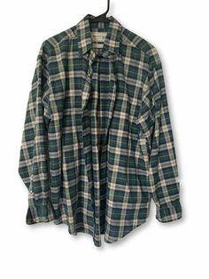 Plaid Shirt Outfits, Green Plaid Shirt, Swaggy Outfits, Grunge Outfits, Green Flannel, Flannel Shirts, Flannels, Plaid Flannel, Button Up Shirts