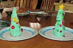Being A Mommy...: Ice Cream Cone Christmas Trees