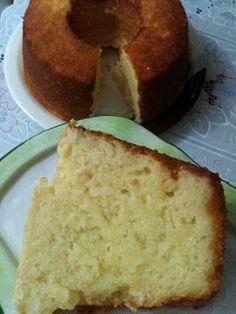Procurei muito esta receita, com esta textura...textura de pão, mas com o gosto maravilhoso da mandioca. Tem gente que não gosta de bol...