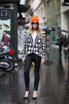 Dree Hemingway during Paris Fashion Week, Spring 2013 Dree Hemingway, Fashion Week Paris, All About Fashion, Passion For Fashion, Street Chic, Street Style, Street Snap, Orange Beanie, Orange Hats