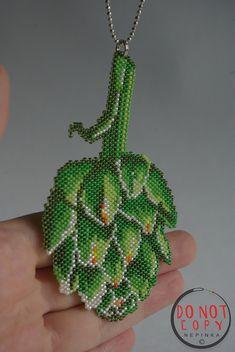 Collier avec breloque vert artichaut. Pendentif dartichaut.