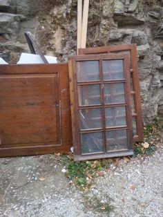 παλιό παράθυρο.... μετατράπηκε σε καθρέφτης παλαιωμένος!! China Cabinet, Armoire, Storage, Furniture, Home Decor, Clothes Stand, Purse Storage, Crockery Cabinet, Decoration Home