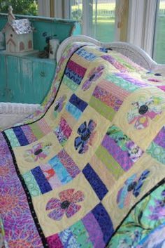 """Gorgeous """"May Flowers"""" quilt by Renee' at Sewn With Grace: http://www.sewnwithgrace.com/"""