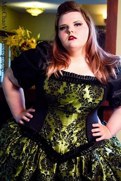 Steampunk Wedding gown  Plus size fashion
