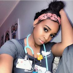 lpn to rn online Nursing Goals, Icu Nursing, Pediatric Nursing, Nursing Career, Nursing Schools, Life Goals Future, Future Career, Cute Nurse, Rn Nurse