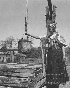Detva (Podpoľanie) Folk Music, Eastern Europe, Vintage Photography, Historical Photos, Hungary, Technology, Costumes, Retro, Painting