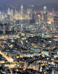 Hong Kong skyline by Alexander Reneby, via Flickr