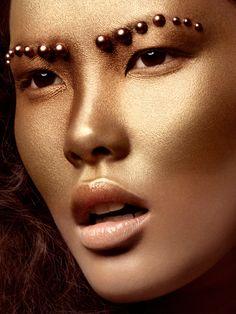 Gilded by Viktoria Stutz  MakeUp & Hair: Charlotte Mailhe  Model: Kim Nguyen