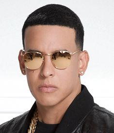 Daddy Yankee - Live From Las Fiestas Patronales, Mayaguez Puerto Rican Men, Puerto Rico, Famous Latinos, Puerto Rican Singers, Dancehall, Latin Artists, The Daily Show, Latin Music, Rapper