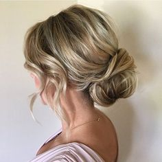 Textured updo wedding hairstyle, low bun wedding hairstyle,chignon hairstyles,wedding hairstyles ,updo bridal hairstyles #weddinghair #updos