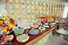 Que tal usar chapéus de palha na decoração de sua festa junina? Na #hiperfesta #anápolis você encontra artigos decorativos para deixar sua festança ainda mais animada. Venha conferir! Trabalhamos com os principais cartões de crédito débito e VR. Parcelamos suas compras em até 6 vezes sem juros. Para mais informações entre em contato através do WhatsApp (62)9289-0755. #ideiasdefesta #ideiascriativas #festajunina #festadesaojoao #chapeudepalha #decoracao by hiperfestaanapolis…