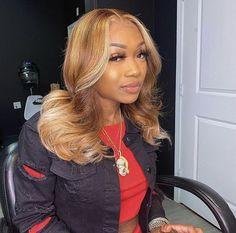 Blonde Hair Black Girls, Honey Blonde Hair, Hair Color For Black Hair, Black Girl Hair Colors, Dyed Natural Hair, Dyed Hair, Natural Hair Highlights, Natural Sew In, Curly Hair Styles