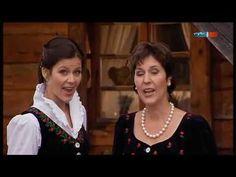 ▶ Oesch's Die Dritten - Ein Jodler für's Christkind - YouTube