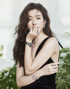 Wow, if jewelry makes you look like this – I need some new jewelry now. (LOL) Han Hyo Joo continues as the Folli Follie muse, check it out! Korean Actresses, Korean Actors, Korean Beauty, Asian Beauty, Asian Woman, Asian Girl, Bh Entertainment, Im Jin Ah, W Two Worlds