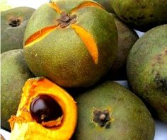 Lucuma, a wonderfully aromatic fruit used mainly to flavor pastries and ice creams.You must try torta de lucuma!