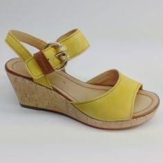Fraaie sandalet van Gabor in oker geel!