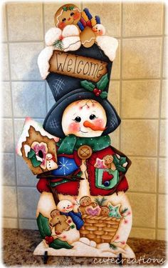 "HP SNOWMAN with Gingerbread ""Welcome"" SHELF SITTER"