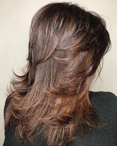 60 Most Universal Modern Shag Haircut Solutions Long Cut with Feathered Face Framing Long Shag Hairstyles, Medium Shag Haircuts, Long Layered Haircuts, Feathered Hairstyles, Boy Haircuts, Men's Hairstyles, Formal Hairstyles, Pretty Hairstyles, Medium Hair Cuts