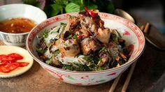 Hanoi crisp parcels with vermicelli salad (bun nem ran) recipe : SBS Food