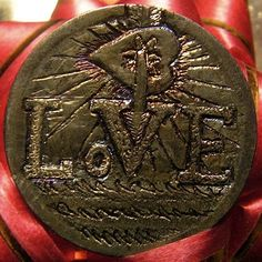 BEN WELLS LOVE TOKEN - 1903 V NICKEL REVERSE CARVING Wells, Buffalo, Coins, Carving, Watches, Personalized Items, Rooms, Wristwatches, Wood Carvings