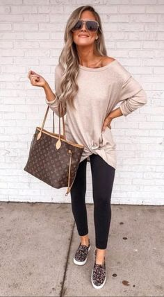 Trendy Fall Outfits, Casual Work Outfits, Mode Outfits, Work Casual, Fall Winter Outfits, Winter Wear, Summer Casual Outfits For Women, Casual Tops, Casual Office