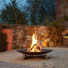 Fire Pit Design Idea For More Attractive – Best Outdoor Fire. Plus, we have plenty of ideas on how to craft an outdoor fire pit that suits your style, whether you're looking for a swanky setup for dinner parties. Outdoor Fire, Outdoor Living, Outdoor Decor, Fire Basket, Design Jardin, Fire Pit Designs, Fire Bowls, Fire Pit Backyard, Garden Fire Pit
