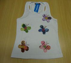 camisetinha infantil borboletas camisetinha com patch aplique blusinha infantil ,tecido  botões ponto caseado