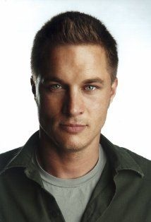 Travis Fimmel/Ragnar from Vikings. Ohhhhh Seriously nobody should be this goodlooking.