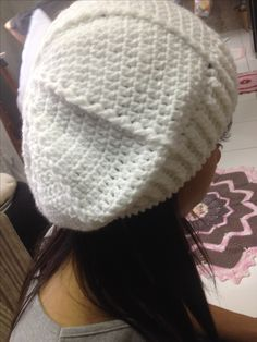 Boina de crochê branca