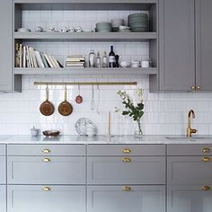 40 Ideas kitchen ikea savedal white cabinets for 2019 Grey Kitchens, Home Kitchens, Bodbyn Kitchen Grey, Grey Ikea Kitchen, Bodbyn Grey, Home Decor Kitchen, New Kitchen, Kitchen Living, Kitchen Ideas