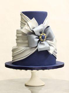 Wedding Cake Inspiration I Do! Blue Birthday Cakes, Birthday Cakes For Women, Birthday Ideas, Gorgeous Cakes, Pretty Cakes, Amazing Cakes, Cupcakes, Cupcake Cakes, Fondant Cakes