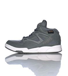 REEBOK Unisex mid top sneaker Lace up closure Padded tongue with basketball  shaped air pump Embroide. db0fc44b7