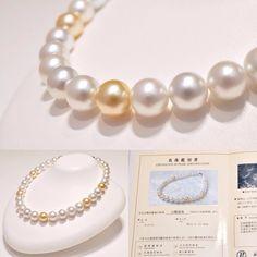 白蝶真珠のネックレス美しく深みのある輝きは本真珠ならでは 白とゴールドのミックスパールは冬のコーディネートにも 鑑別書つきのネックレスです  #ジュエリー #jewelry #necklace #pearl #goldenpearl #whitepearl #真珠 #パール #ginza #銀座 #銀座watatsumi