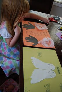 Easy Halloween craft for kids- handprint cutouts to make spiders..