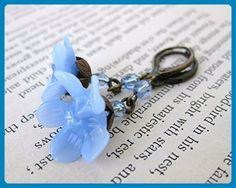 Vintage Flower Earrings. Periwinkle Blue Glass, Antiqued Brass - Wedding earings (*Amazon Partner-Link)
