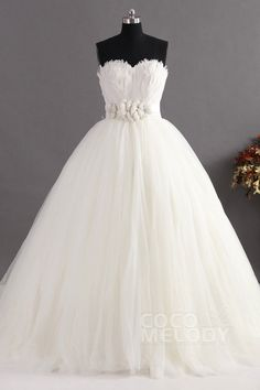 Graceful Ball Gown Sweetheart Natural Train Tulle Ivory Sleeveless Lace Up-Corset Wedding Dress with Feathers and Sashes CWLT14032#Cocomelody#weddingdresses#bridalgown#