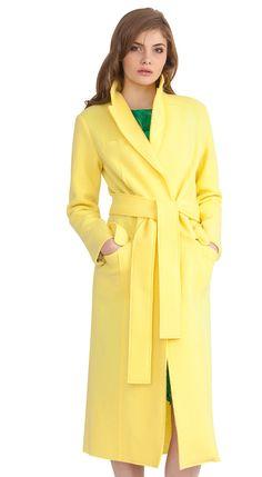ebe03a0d0c3f Классическое женское пальто из шерсти с поясом купить в Москве на сайте  Butik-vera.